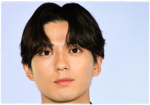 新田真剣佑「同期のサクラ」の髪型!オーダー&セット方法を詳しく解説